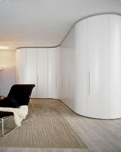 Come scegliere un armadio ad angolo